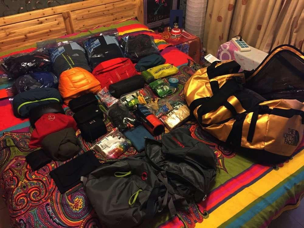 Essential pack for ebc trek